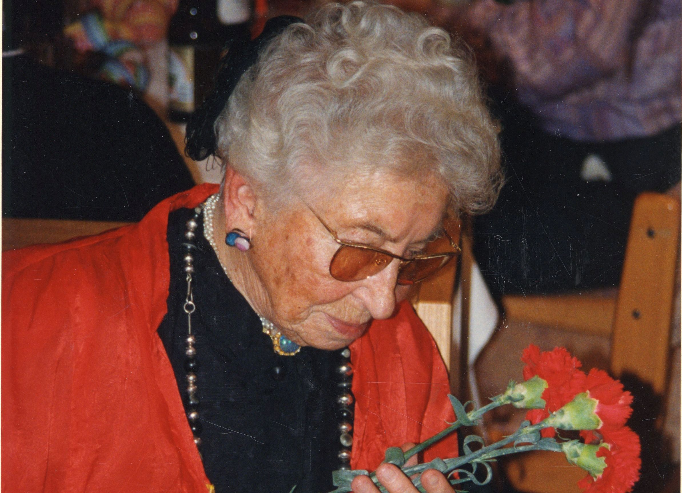 Alles Gute zum 120. Geburtstag May Hofer!